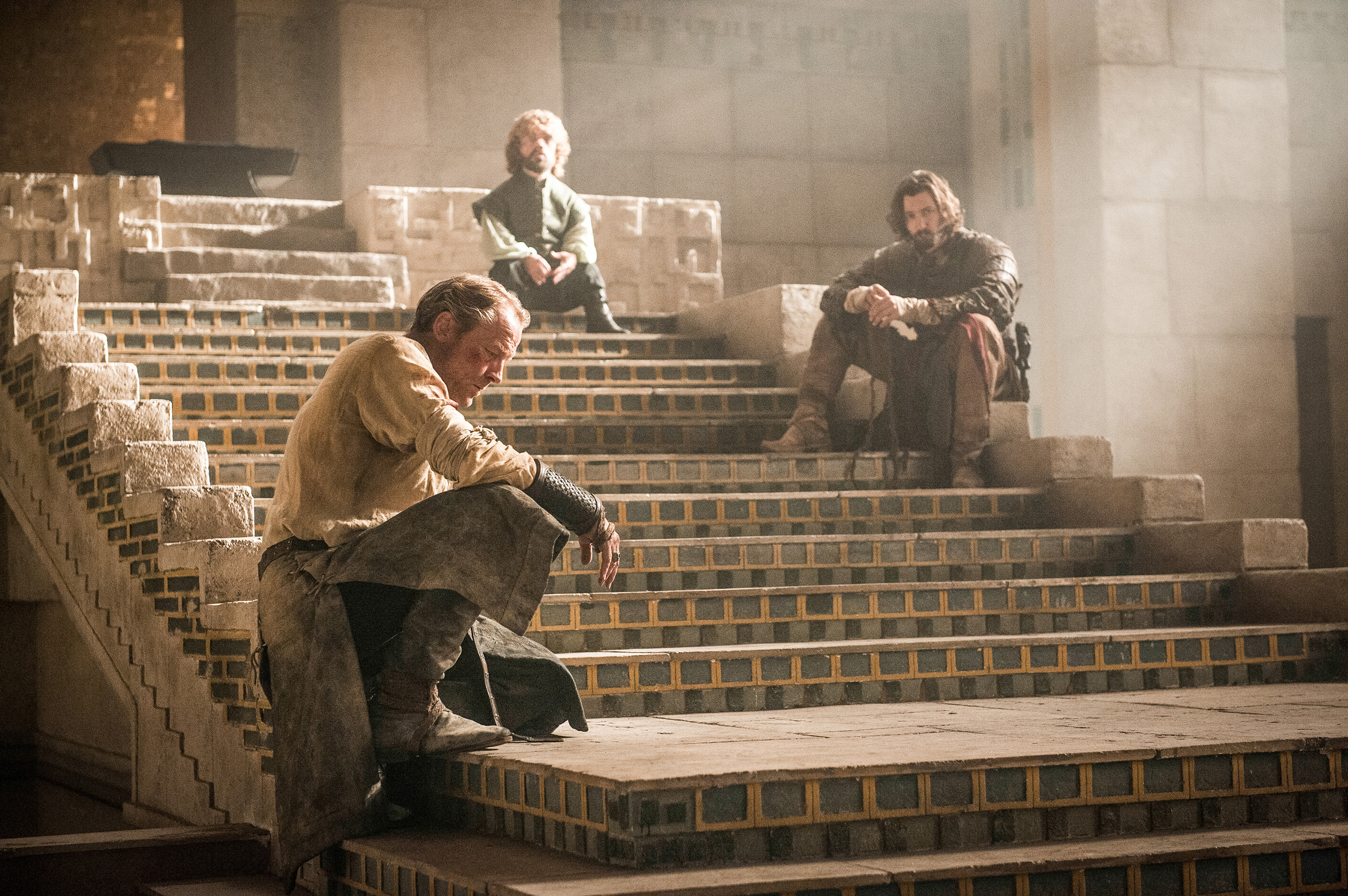 12062015_game_of_thrones_s5_finale_1
