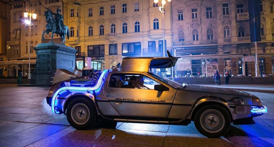 21012016_DeLorean_post_1