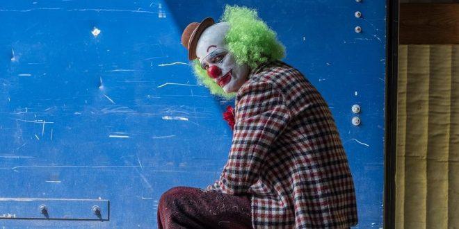 Joker: Joaquin Phoenix s vrlo drugačijim klaunovskim izgledom