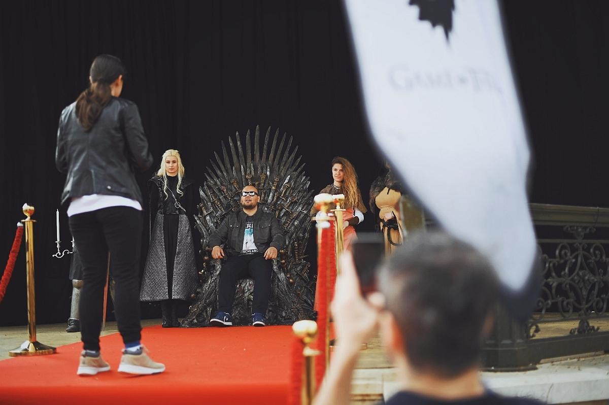 Daruj krv za prijestolje - Igra prijestolja